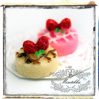 6 PCS X18mm (Pick Your Color ) Sweet Strawberry Cake Cabochon Full Size Cake Flat Back -Miniature Deco Food Art Material Supplies (CK01)
