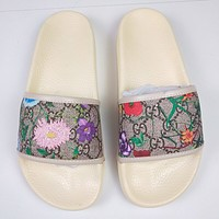 GUCCI 2020 Red flower slippers