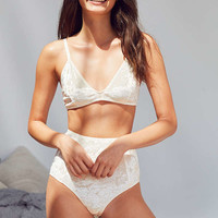 Out From Under Sabrina Crushed Velvet Bra | Urban Outfitters