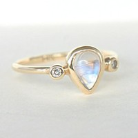 Pear Moonstone and Diamond Ring 14k Yellow Gold size 6US