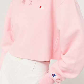 Champion Reverse Weave Cropped Hoodie Sweatshirt | Urban Outfitters