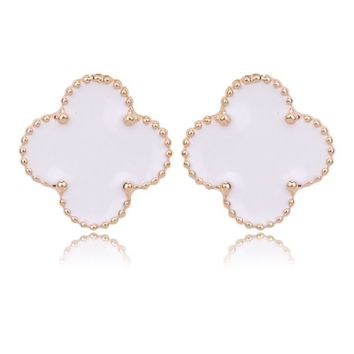 Beady Cleef Single Stud - Gold & White