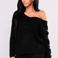 Falls Favorite Girl Sweater - Black