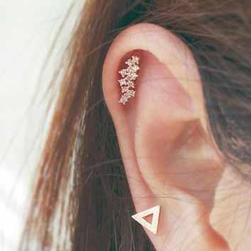 16g CZ Studded Flower Blossom stud cartilage earring, tragus cartilage earring helix piercing / 316L Stainless steel / Sold as 1 piece