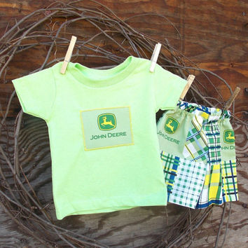 Baby Boys Clothes Tractor and Deere  shorts and T shirt, 12 months, green, blue