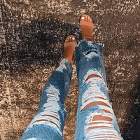 Blogger Distressed Boyfriend Jeans