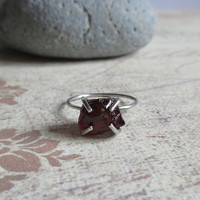 925 Sterling Silver Raw Garnet Ring, Uncut Gemstone, January Birthstone, Natural Crystal Quartz, Gift For Her