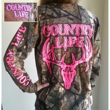 Country Life Outfitters Pink Bone Realtree Camo Deer Skull Head Hunt Long Sleeve  T-Shirt