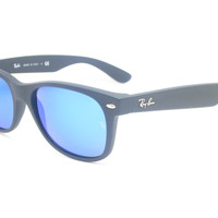 Ray-Ban RB 2132 New Wayfarer 622/17 Rubber Black Sunglasses