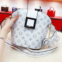 Louis Vuitton LV Fashion Women Shopping Leather Bucket Bag Crossbody Satchel Shoulder Bag