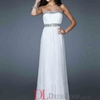 A-Line Strapless Chiffon White Long Prom Dress/Evening Gowns With Beading VTC690