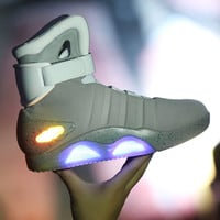 men Led Light Shoes 2016 New breathable Chaussure Lumineuse Luxury Brand Night High Quality Top Glowing Usb Casual Shoes Sales