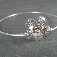 Silver Hibiscus Bangle Bracelet - Hawaii Jewelry - Hibiscus Jewelry - Hibiscus Bracelet - Silver Bangle Bracelet - Silver Bracelet
