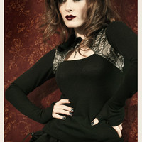 VINTAGE FRENCH LACE NOIR HOODIE
