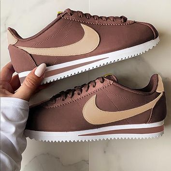 Nike Classic Cortez Forrest Sports Shoes Classic Shoes Leisure Sneakers Coffee gold hook