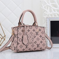 Louis Vuitton LV women's shopping bag handbag shoulder bag