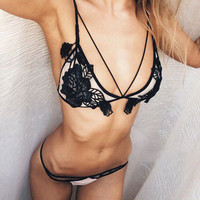 Hot Erotic Lingerie Set For Women 2017 Sheer Lace Bra Bralette G String Panty Sexy Underwear Set Erotic Clothing Costumes