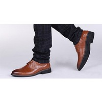 Oxfords Leather Men Fashion Casual Pointed Top Formal Business Shoes