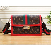 LV hot sales casual shopping bag fashion printed red and green monochrome shoulder bag #2