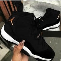 Nike Jordan Sneakers Sport Shoes Retro 11 Black Velvet