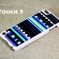 Teal and blue tribal  iPod Touch 5 Hard Case