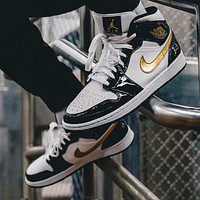 Bunchsun Air Jordan 1 mid-top black gold toe basketball shoes