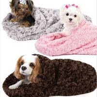 Ice Curls Cuddle Cup Dog Beds