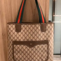 GUCCI Classic Retro Print Logo Shoulder Bag Crossbody Bag