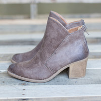 Autumn Distressed Bootie - Taupe Oil