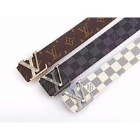 LV Louis Vuitton 2019 new classic printing men and women models wild simple smooth buckle belt
