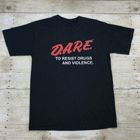 Vintage 90s DARE To Resist Drugs and Violence T-Shirt Mens Size Large