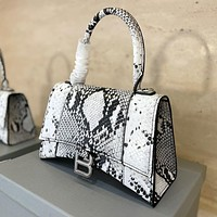 Balenciaga BB new ladies python pattern crescent bag shoulder messenger bag handbag