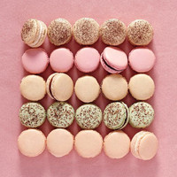 FRENCH MACARONS / Choose Your Flavor and Color! Great for Weddings and Parties!