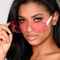 Love Me Or Nah Sunglasses - Dark Pink