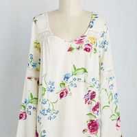 Bells and Giggles Top in Floral | Mod Retro Vintage Short Sleeve Shirts | ModCloth.com