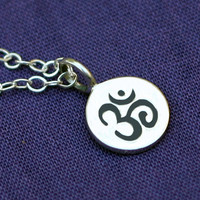 Ohm Necklace in Sterling Silver, Om Necklace,Tiny, Small, Petite, Delicate,Zen Necklace,Yoga Jewelry,Buddhist Jewelry