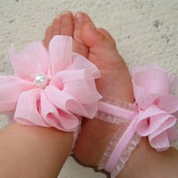 Light Pink Ruffle Piggy Petals - ADORABLE Baby Barefoot Sandals Toe Blooms - Photo Props - Baby Shoes - Toddler Shoes - Newborn Shoes