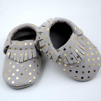 retail baby suede leather with gold dot fringe moccasins infant boy girl cute gold Polka dot fringe shoes 5size totally