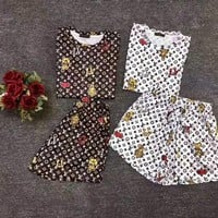 """LOUIS VUITTON "" Woman's Leisure  Fashion Embroidery Letter Personality Printing Short Sleeve  Shorts Two-Piece Set Casual Wear"