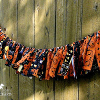 Halloween rag garland, sparkly orange, rustic halloween rag garland, mantle decoration, pumpkins, black cats, BOO, glittery fall photo prop