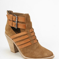Dolce Vita Caitlyn Heeled Ankle Boot - Urban Outfitters