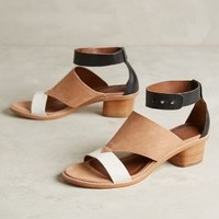 Arricci Nalani Sandals Black