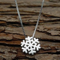 womens old silver snowflake pendant necklace gift 126  number 1