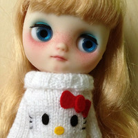 Hello Kitty sweater for MIDDIE BLYTHE