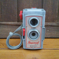 Vintage Grey Plastic Imperial Deluxe Twin Lens Reflex Camera Six Twenty