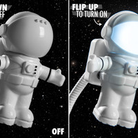 USB Spaceman Light: One Bright Light for Mankind