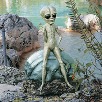 Park Avenue Collection Roswell The Garden Alien