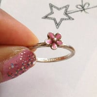 Vintage Sterling Silver Flower Ring