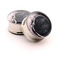 Moon Picture Plugs