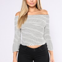 Winning Prize Off Shoulder Top - White/Black